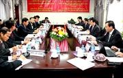 Đoàn cấp cao Ban Kinh tế Trung ương làm việc tại Lào