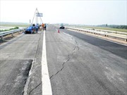 Nguyên nhân vết nứt mặt đường cao tốc Nội Bài - Lào Cai