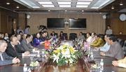Phó Thủ tướng Nguyễn Xuân Phúc tiếp Phó Thủ tướng Lào