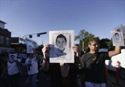 Người biểu tình Mexico đốt trụ sở chính quyền bang