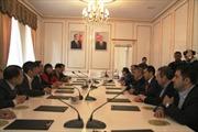 Đồng chí Lê Hồng Anh gặp gỡ cộng đồng người Việt ở Azerbaijan