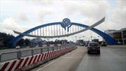 Cấm xe tải vào trung tâm Hạ Long: Biển cấm...như không