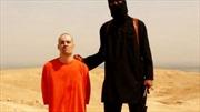 Con tin bị tra tấn trước khi IS hành quyết