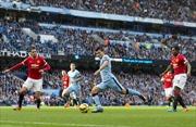 Manchester City lại làm chủ trận derby