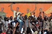 Quân đội Burkina Faso cam kết lập chính phủ đoàn kết