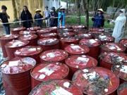 Dân vây nhà máy thép 'nấu' hàng ngàn vỏ thùng hóa chất