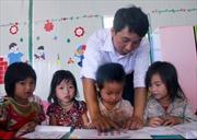 Tâm huyết với trẻ em nghèo vùng cao