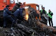 Hà Lan thu dọn mảnh vỡ vụ MH17
