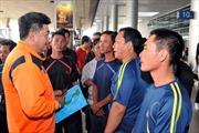 9 thuyền viên tàu cá Bình Thuận gặp nạn trở về an toàn