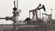 Giá dầu mỏ tiếp tục giảm trước thềm họp OPEC