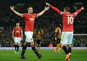 Chelsea bị cầm chân, Manchester thắng ấn tượng
