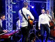 Wayne Rooney hát tại tiệc Giáng sinh nhà MU