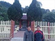 Hai anh em người Dao hiến đất làm đường