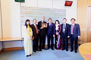 Đoàn nghị sĩ hữu nghị Việt Nam thăm Anh