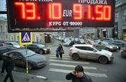 Nga nỗ lực kiềm chế khủng hoảng đồng ruble