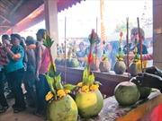 Lễ hội Thăk Kôông của người Khmer ở Sóc Trăng