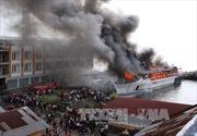 Cháy tàu chở 466 người ngoài khơi Hy Lạp