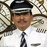 Máy bay AirAsia rơi do bay quá chậm?
