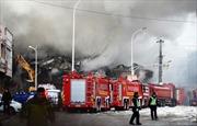 Trung Quốc: Cháy chợ gốm, 19 người thương vong