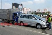 3 ô tô tông nhau dây chuyền trên cầu Tham Lương