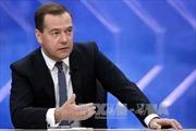 Thủ tướng Medvedev: Nga sẽ không tự cô lập mình với thế giới