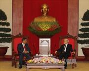 Tổng Bí thư tiếp Đoàn đại biểu cấp cao Lào