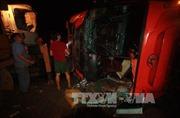 Lật xe chữa cháy, 8 chiến sĩ cảnh sát bị thương
