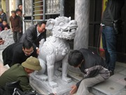 Di tích đầu tiên thay sư tử đá ngoại lai bằng nghê Việt