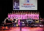 Ca khúc Việt Nam 70 năm nhìn lại