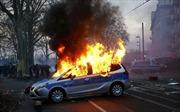 Bạo động tại Đức, hàng chục người bị thương