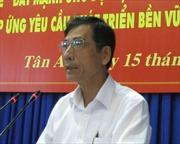 Triển khai Quyết định của Bộ Chính trị về công tác cán bộ tỉnh Long An