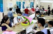 Hơn 130 công nhân ngộ độc thực phẩm