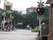 Nhiều tai nạn giao thông do bất chấp vượt đường sắt