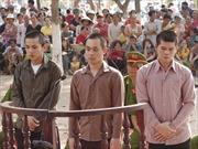 Nhóm côn đồ đánh chết người tại quán nhậu lĩnh án tù