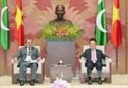 Chủ tịch Quốc hội Nguyễn Sinh Hùng tiếp Chủ tịch Hạ viện Pakistan