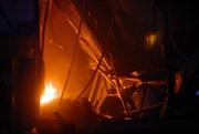 TP HCM: Cháy lớn tại xưởng sản xuất nệm mút
