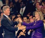 Những hình ảnh đáng nhớ của bà Hillary Clinton
