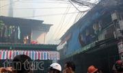 Cháy lớn tại nhà trong hẻm ở TPHCM
