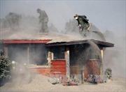 Chile dọn dẹp tro bụi núi lửa Cabulco