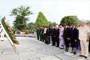 Lãnh đạo TP. Hồ Chí Minh tưởng niệm các anh hùng liệt sỹ
