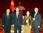 Thủ tướng tiếp các đoàn dự lễ kỷ niệm 40 năm Thống nhất đất nước