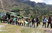 Nepal đưa hàng cứu trợ động đất tới khu vực hẻo lánh