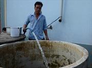 Giá nước 'cắt cổ' mùa khô hạn