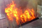 Cháy thiêu rụi 6 cửa hiệu ở Vĩnh Long