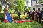 Kỷ niệm ngày sinh Chủ tịch Hồ Chí Minh tại Pháp
