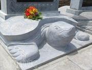 'Dựng chui' bia đá tại đền Trần-Cố tình 'phớt lờ' yêu cầu của Bộ?