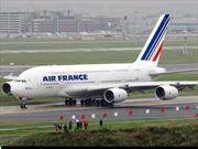 Chiến đấu cơ Mỹ hộ tống máy bay Pháp bị đe dọa