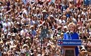 Bà Hillary Clinton chính thức khởi động chiến dịch tranh cử