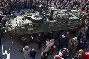 Nga phản ứng việc Mỹ đưa vũ khí hạng nặng đến Đông Âu