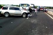 TP.HCM: Tai nạn liên hoàn trên đường cao tốc, 13 người bị thương